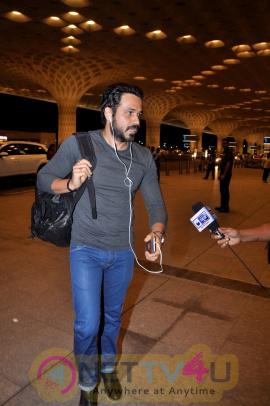 Emraan Hashmi & Team Great Grand Masti Spotted At Airport Beautiful Photos
