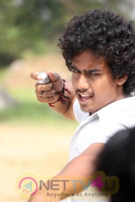 Ethirkol Tamil Movie Photos & Working Stills