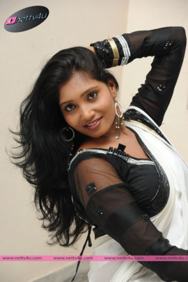 Telugu Actress Eesha Latest Photos