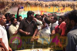 Enakku Innoru Per Irukku Movie Shooting Wrap Up Images Tamil Gallery