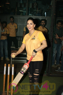Exclusive Photos Of  Sunny Leone Unveils Bcl Team Chennai Swagger Hindi Gallery