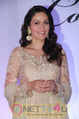 Fan Movie Actress Waluscha De Sousa At INIFD Convocation Ceremony Stills