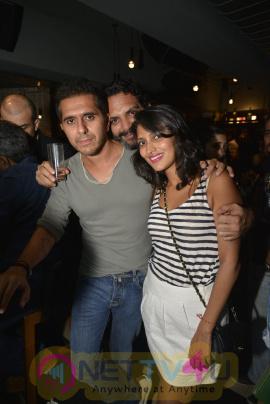 Farhan Akhtar Live At Radio Bar Exclusive Photos Hindi Gallery