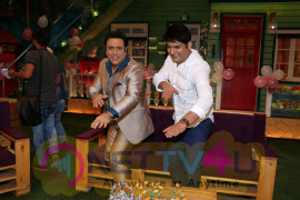Govinda Visits The Kapil Sharma Show Extraordinary Photos Hindi Gallery