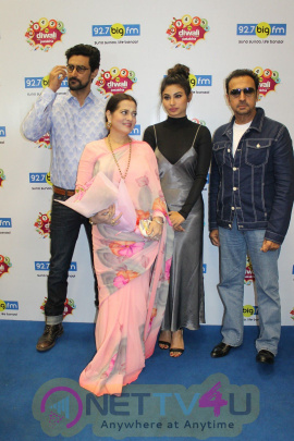 Gulshan Grover At Movie Mahayoddha Rama Cast Announces Final Winners Of Big Diwali Pataka Game Images