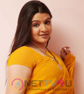 Gorgeous Actress Aarthi Agarwal Hot And Sizzling Images