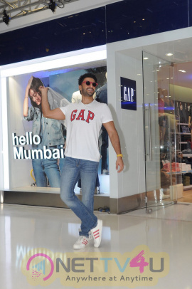 High Quality Pictures Of Ranveer Singh At GAP Store Launch In Mumbai Hindi Gallery
