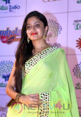 indian actress poonam kaur gallery stills
