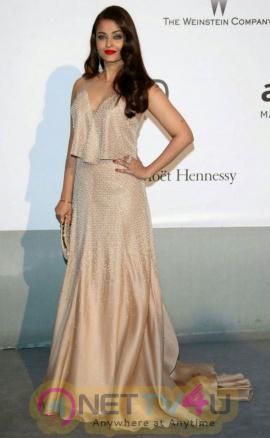 indian film actress aishwarya rai stills 20