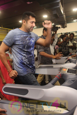 Jayam Ravi & Director Samuthrakani Launches Talwalkars Inshape New Branch Excellent Stills Tamil Gallery