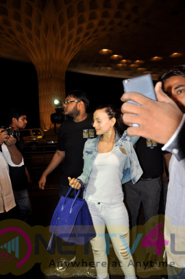 Kabir Khan & Ameesha Patel Spotted At Airport Exclusive Stills Hindi Gallery