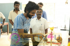 Kadavul Irukan Kumaru Movie Dubbing Pooja Stills Tamil Gallery