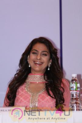 Katrina Kaif & Juhi Chawla At Priyadarshni Academy 32nd Anniversary Global Awards Function Images Hindi Gallery