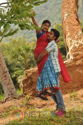 Kurumbukara Pasanga Tamil Movie Hot Stills