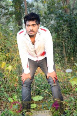 Kali Telugu Movie Press Release Latest Photos
