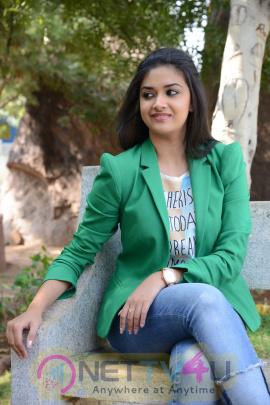 keerthi suresh malayalam film actress stills 36