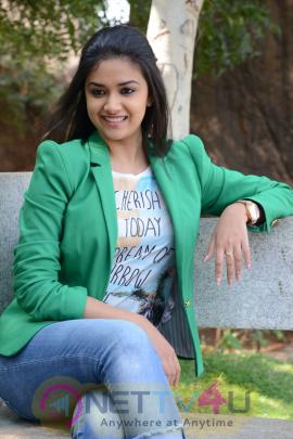keerthi suresh malayalam film actress stills 39