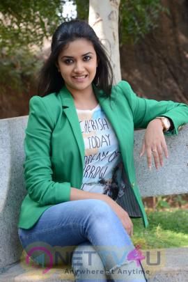 keerthi suresh malayalam film actress stills 43