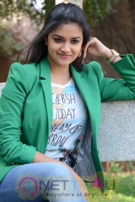 keerthi suresh malayalam film actress stills 45