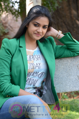 keerthi suresh malayalam film actress stills 46