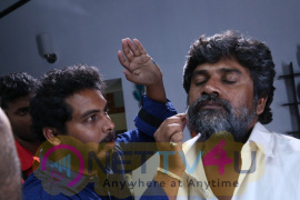 Kollywood Movie Manjapai To Rock In Kannada Working Stills Kannada Gallery