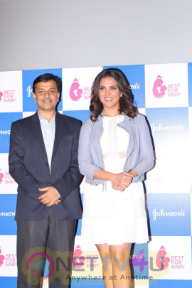 Lara Dutta Unveil Best For Baby Youtube Channel Dedicated For New Mothers Stills Hindi Gallery