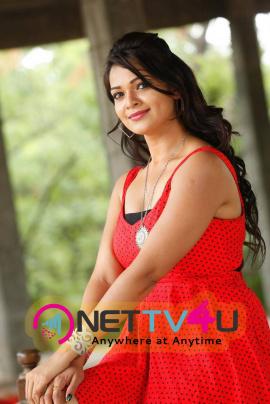 latest photos of actress ashwini at pelliki mundu prema katha movie launch