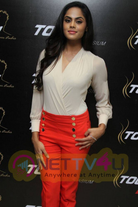 latest photos of actress karthika nair at touch makeover studio launch