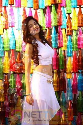 latest photos of actress poonam kaur from superstar kidnap movie 3