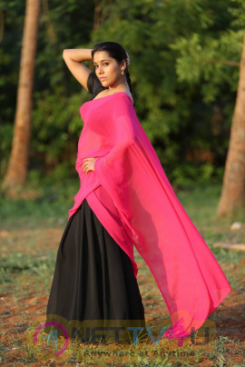 latest photos of actress rashmi gautam from guntur talkies movie 3