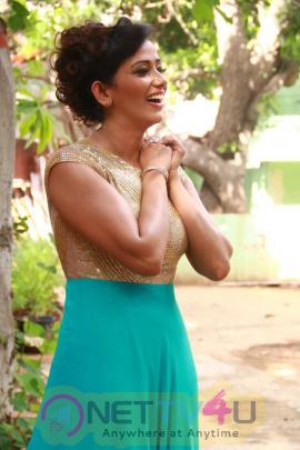 Latest Photos Of Actress Sanjana Singh At Thoda Lutf Thoda Ishq Movie Press Meet