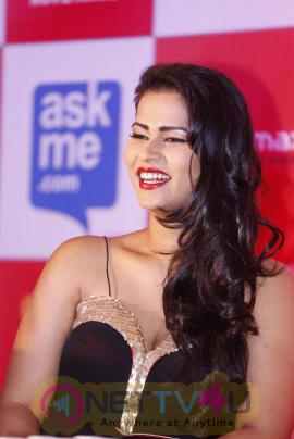 latest photos of actress sharmila mandre at south indian international movie awards press meet