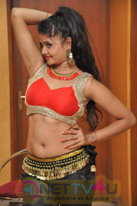 latest photos of actress shreya vyas at cinema choopistha maava audio launch