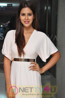 latest photos of actress sonam bajwa at kerintha platinum disc function