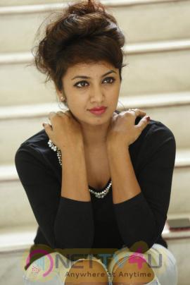 latest photos of actress tejaswi at kerintha movie press meet