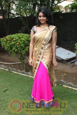 Latest Photos Of Actress Vidya At Athibar Movie Press Meet