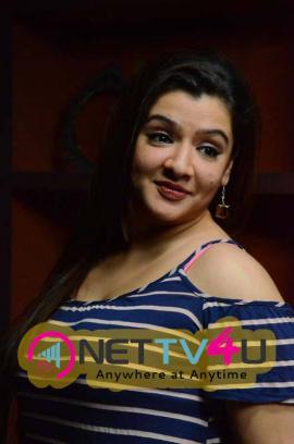 Latest Stills Of Aarthi Agarwal At Aame Evaru Press Meet