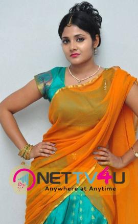 latest stills of actress aishwarya at andala chandamama press meet 18