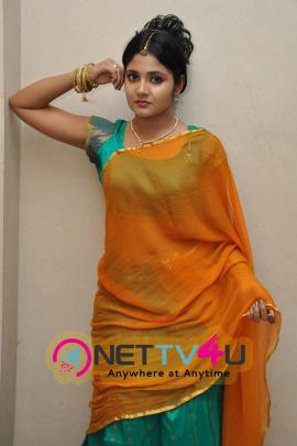 latest stills of actress aishwarya at andala chandamama press meet 24