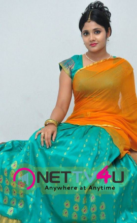 latest stills of actress aishwarya at andala chandamama press meet 29