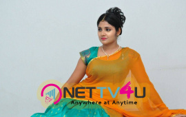 latest stills of actress aishwarya at andala chandamama press meet 33
