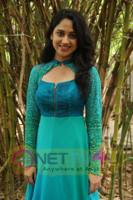 latest stills of actress mia george at indru netru naalai movie press meet