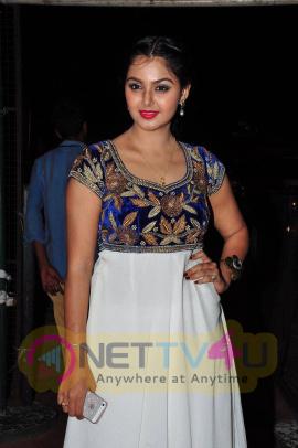 latest stills of actress monal gajjar at tsr tv9 national film awards