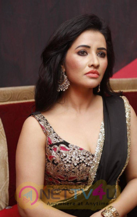 latest stills of actress niir arora at haveli coffee shop opening 20