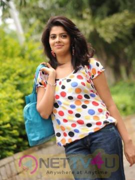 Latest Stills Of Hot Actress Shravya