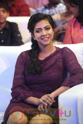 Madonna Sebastian Actress HD Photos Telugu Gallery