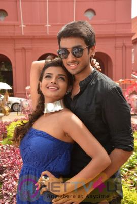 Meen Kuzhambum Mann Paanaiyum Tamil Movie Lovely Stills Tamil Gallery