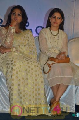 Meendum Oru Kadhal Kadhai Movie Press Meet Excellent Stills Tamil Gallery