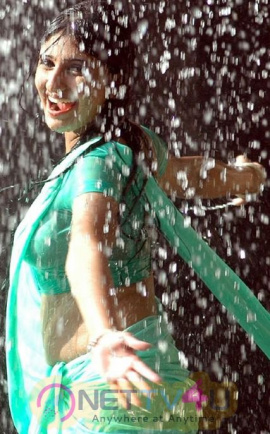 Monica Tamil Actress Hot Photos