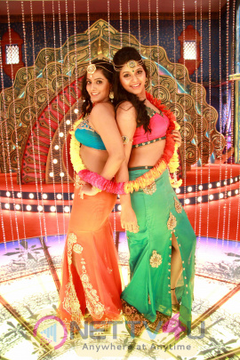 Madha Gaja Raja Movie Latest Stills